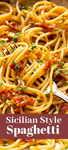 alla Siciliana Sicilian-Style Spaghetti with garlic, sun-dried tomatoes and chillies.Sicilian-Style Spaghetti with garlic, sun-dried tomatoes and chillies. Vegetarian Recipes, Cooking Recipes, Healthy Recipes, Tasty Pasta Recipes, Light Pasta Recipes, Salad Recipes, Healthy Pasta Dishes, Vegetarian Italian, Italian Dishes