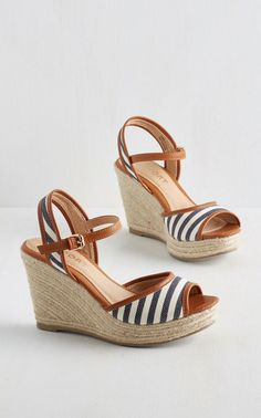 ModCloth Nautical Pier-fect Form Wedge from ModCloth. Saved to Boots/Slippers/Heels😘💗👠. Wedge Sandals, Wedge Shoes, Shoes Sandals, Sandals Platform, Strap Sandals, Summer Wedges, Summer Shoes, Summer Sandals, Summer Outfit