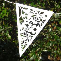 White Wedding Paper Bunting from Zigzag Lace Bunting, Wedding Bunting, Party Bunting, Potluck Wedding, Homemade Wedding Decorations, Wedding Story, Dream Wedding, Wedding Paper, Paper Piecing