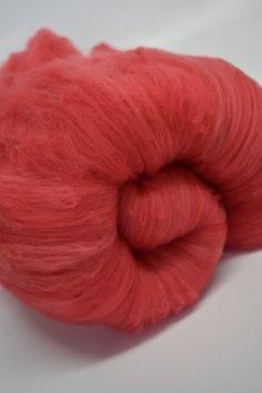 Red Australian Merino Wool Carded Batts Felting Spinning Nuno Felting Needle felting Hand Dyed 100g Red 11756