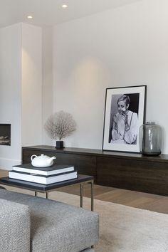 8 Sublime Tricks: Minimalist Home Inspiration Pillows minimalist interior design clothing racks.Minimalist Bedroom Carpet Simple minimalist home interior projects. Minimalist Home Decor, Minimalist Interior, Minimalist Living, Minimalist Bedroom, Modern Minimalist, Minimalist Apartment, Minimalist Design, Modern Interior, Minimalist Window