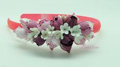 Ободок с нежными розовыми цветами станет яркой деталью вашего образа и поможет гармонично закончить праздничный наряд.                                             Материал изготовления : Глина Deko;       - Цветы выглядят как настоящие цветы ; - Цвет останется ярким все время пользования;