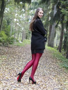 Red Uppsala in autumn – MyPantyhoseGirl Nylons, Red Pantyhose, Pantyhose Outfits, Colored Tights Outfit, Pink Tights, Opaque Tights, Thigh High Leggings, Pantyhosed Legs, Stocking Tights