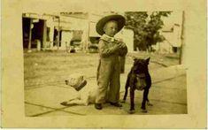 Не даром американцы называли питбулей собаками-няньками