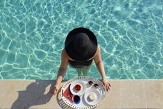 ROXANE - Travel: Pool time in the Provence. What better way to start a day than with a breakfast at the pool? Net Bag, Provence, Chloe, Polka Dots, Breakfast, Travel, Style, Morning Coffee, Viajes
