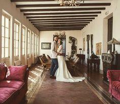 """""""Lugares increíbles que te podemos ofrecer para tu día especial....😍 .... .... #Alquilerdepiezasvintage #Bodasconestilo #Organizaciondeeventos #Rinconesdecorados #Bodasalairelibre #Bodasconencanto #Bodasvintage #bodassecretsvintage #catering#secretsvintage #labisbaldelpenedes #photoftheday #bodasvintage #restauration #furniture #vintage #muebles#restauracion #igers #igerstarragona #love #like4like #picoftheday #handmade #yosoycreativa #wedding #weddingplanner #masiarural #masia"""" by…"""