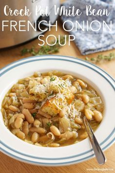 This Crock Pot White Bean French Onion Soup is a super easy twist on French Onion Soup that's vegetarian and made in the slow cooker! Recipe from thebusybaker.ca! #YummySoup