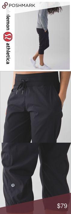 "💕SALE💕Lululemon Studio Crop II Black Pants Fabulous 💕Lululemon Studio Crop II Black Pants 20"" Inseam Like New  Super Comfy lululemon athletica Pants Ankle & Cropped"