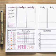 this printable weekly bullet journal spread and make your own DIY planner booklet!