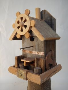 The water street inn bird house with moveable chairs for comfort dinning.