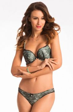 "ecb1a47860 PrettySecrets ""Scandalous"" Misty Mint Plunge Push Up Bra Price  Rs."