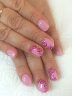 Nail art in pink