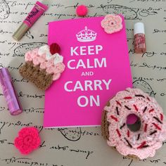 #rosa 💗💗💗 #pink 💗💗💗 youtube.com/c/LasVaretasCrochetByGuala Tutorial para hacer estos cupcakes y donas a crochet!😃 Crochet Cupcake and donut Tutorial are up on my YouTube channel (English subtitles!)😉 #crochet #lasvaretascrochet #tutorial #diy #craft #cupcake #crochetcupcake #grannysquare #knitting #yarn #videotutorial #youtube #garland #donut #crochetdonut #crochetdonuts