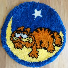 """CLEARANCE - Vintage Handmade Hooked Rug - Garfield The Cat - 23"""" round. $19.95, via Etsy."""