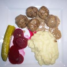 Finnish Meatballs (Lihapyorykoita) – They are also very good without the last step!