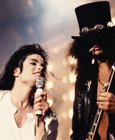 Michael Jackson and Slash performing at the MTV VMAs, 1995