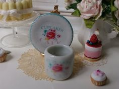 Coffee Mug and Plate   Cupcake & Cafè  for by Twelvetimesmoreteeny, €2.80