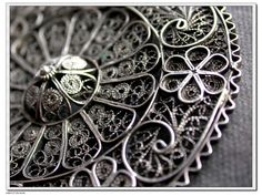 A vintage old silver flower filigree brooch  ,handmade old filigree brooch http://www.etsy.com/listing/66111913/a-vintage-old-silver-flower-filigree?ref=sr_gallery_8_includes%5B0%5D=tags_search_query=old+silver+jewelry_search_type=all_facet=old+silver+jewelry_includes%5B%5D=tags_view_type=gallery