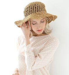Modèle chapeau femme