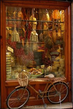 #Bicycle#Bike#Biciclette~Outside deli window