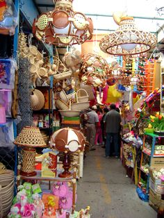 Un colorido y variado mercado de productos tradicionales en #Tequisquiapan, #Queretaro, #Mexico.