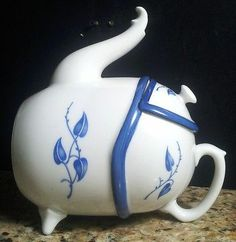Very oldand extremely rare Tea Bowl TeaPot signed Rosenthal Crown Logo Kronach Germany excellent condition