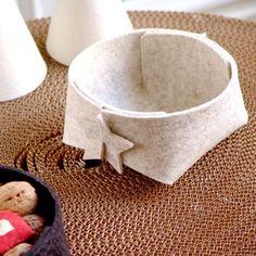Star- grey Felt basket Craft Stick Crafts, Felt Crafts, Diy Crafts, Fabric Bins, Sewing Leather, Leather Projects, Felt Diy, Basket Weaving, Diy Design