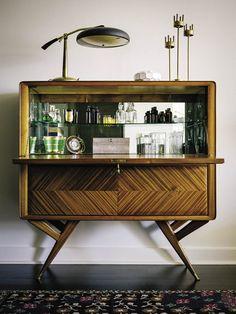 Decoração vintage. Veja: http://www.casadevalentina.com.br/blog/detalhes/decoracao-vintage-3008 #decor #decoracao #interior #design #casa #home #house #idea #ideia #detalhes #details #style #estilo #vintage #casadevalentina