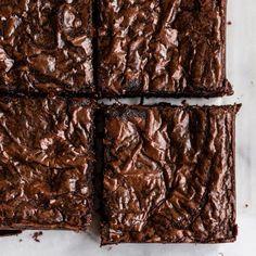 Chocolate Blackout Cupcakes - Handle the Heat Chocolate Brownie Cake, Pumpkin Chocolate Chip Muffins, Chocolate Cheesecake, Nutella Brownies, Chocolate Lava, Fudge Brownies, Chocolate Cupcakes, Pumpkin Spice Coffee, Pumpkin Bars