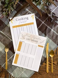 Tips for cozy Thanksgiving table decor on a budget + free printable cooking schedule & why ButcherBox is our favorite delivery service.