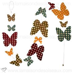 Guirlande papillons motifs pois imprimés en papier Népalais