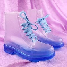 Transparent boots! Love the colors. Esp. Pink, wine red, white, and green. They look like jellybeansss. <3