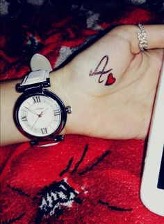 Girls love A letter Hand heart Warch Stylish Girl Pic, Cute Girl Photo, Stylish Watches For Girls, Stylish Alphabets, Aquarell Tattoo, Alphabet Wallpaper, Profile Picture For Girls, Stylish Dpz, Girly Pictures