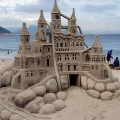 Amazing Castles - Sand Art - iCreatived