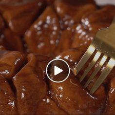Homemade Carrot Cake Recipe {Cream Cheese Frosting} - i am baker Cream Cheese Bars, Cream Cheese Coffee Cake, Cream Pie, Whipped Cream, Apple Cake Recipes, Cookie Recipes, Apple Desserts, No Bake Desserts, Dessert Recipes
