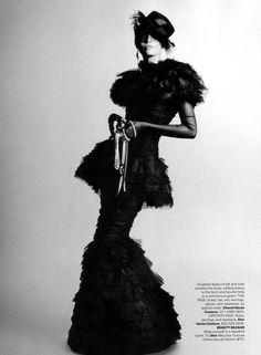 Style Couture, Dior Couture, Couture Fashion, Fashion Show, Fashion Design, Lola Fashion, Fashion Glamour, Fashion Mag, White Fashion