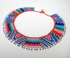 Peyote+perlés+rayures+multicolores+et+Triangles+par+LucianaLavin
