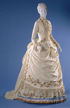 fashionsfromhistory: Dress c.1885 Philadelphia Museum of Art