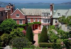 Home fit for a CEO: Yahoo! CEO Marissa Meyer and venture capitalist husband Zack Brogue have splashed out on a stunning mansion in a well-to-do San Francisco street refereed to as Billionaire's Row Billion Dollar Homes, San Francisco Mansions, Spa Inspired Bathroom, Limestone Wall, Pacific Heights, Wrought Iron Gates, Interior Windows, Expensive Houses, Grand Staircase