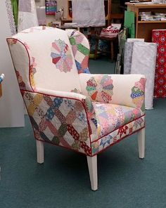 Use an old quilt or two to recover the outer parts of a chair. Re-do the seat and arms, where there is lots of wear-and-tear, with upholstery fabric. My Sewing Room, Sewing Rooms, Furniture Makeover, Diy Furniture, Patchwork Chair, Deco Boheme, Quilting Room, Recycled Furniture, Upholstered Furniture