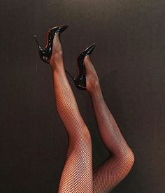 Celebrating beautiful women and the great legs, stiletto pumps and stockings that make me crazy! Pantyhose Heels, Stockings Heels, Sexy Legs And Heels, Black High Heels, High Heel Boots, Heeled Boots, Bas Sexy, Mode Shoes, Giuseppe Zanotti Heels