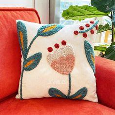 Diy Pillows, Decorative Pillows, Boho Pillows, Colorful Pillows, Floral Cushions, Crochet Cushions, Bordado Popular, Needle Cushion, Punch Needle Patterns