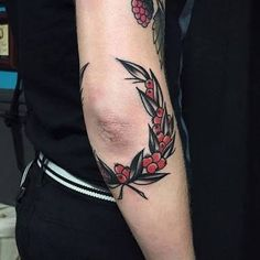 old school elbow tattoo ile ilgili görsel sonucu