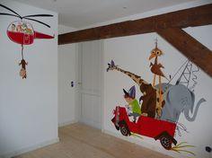 Pluk van de Petteflet muurschildering Whimsical Nursery, Nursery Decor, Wall Decor, Mural Art, Wall Murals, Baby Sleep Schedule, Kids Room Murals, Baby Drawing, Animal Nursery