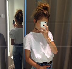 Image via We Heart It https://weheartit.com/entry/141615614 #fashion #girl #grunge #hair #neckless #olson