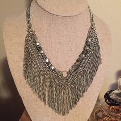 Stevie Lariat Necklace with Box Excellent Condition - comes with box.  Adjustable clasp Stella & Dot Jewelry Necklaces