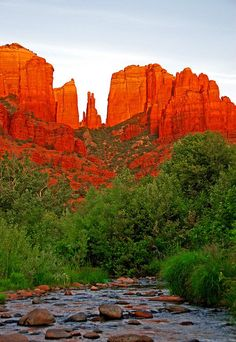 Red rocks of Oak Creek Canyon in Sedona, Arizona.  Go to www.YourTravelVideos.com or just click on photo for home videos and much more on sites like this.