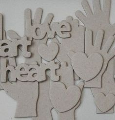 Love these Hand and Heart chipboards - there's even an ILY-hand in the set! From Maya Road