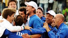 Team #Italy won both singles matches against Britain in straight sets to reach the Davis Cup semifinals for the first time in 16 years.