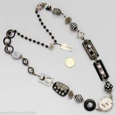 Silver Necklaces, Beaded Bracelets, Long Black, Black And White, White Beads, Fashion Necklace, Pendants, Pendant Necklace, Chain